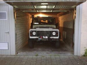 Er passt gerade so in unsere Garage...